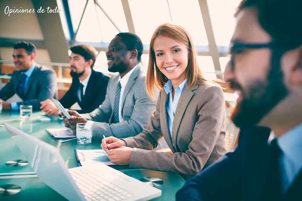 Programas Máster de Escuela de Empresa con opciones laborales